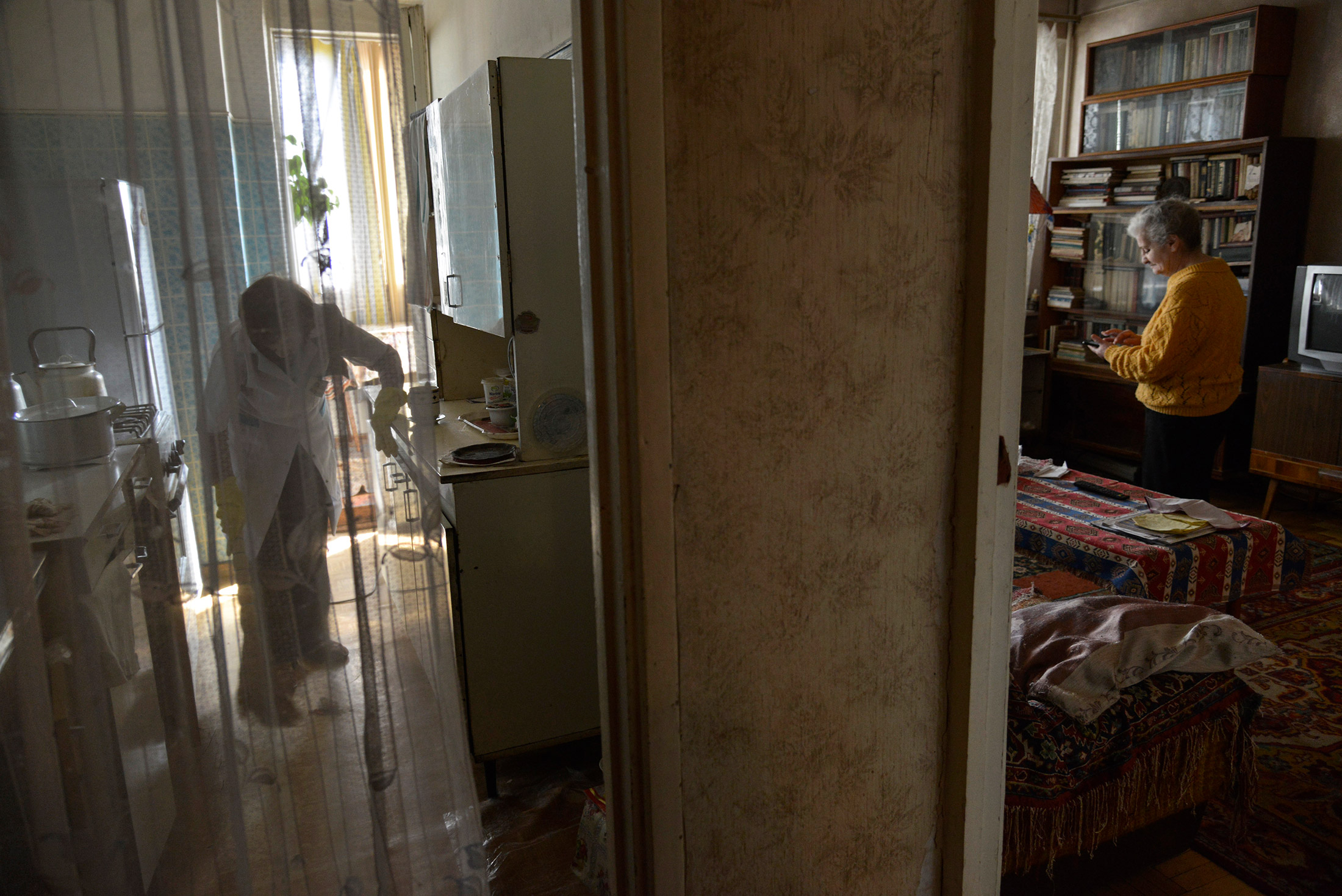 Sveta cleans Margo Avetyan's apartment. She said that often, if time allows, she sits and talks with ...